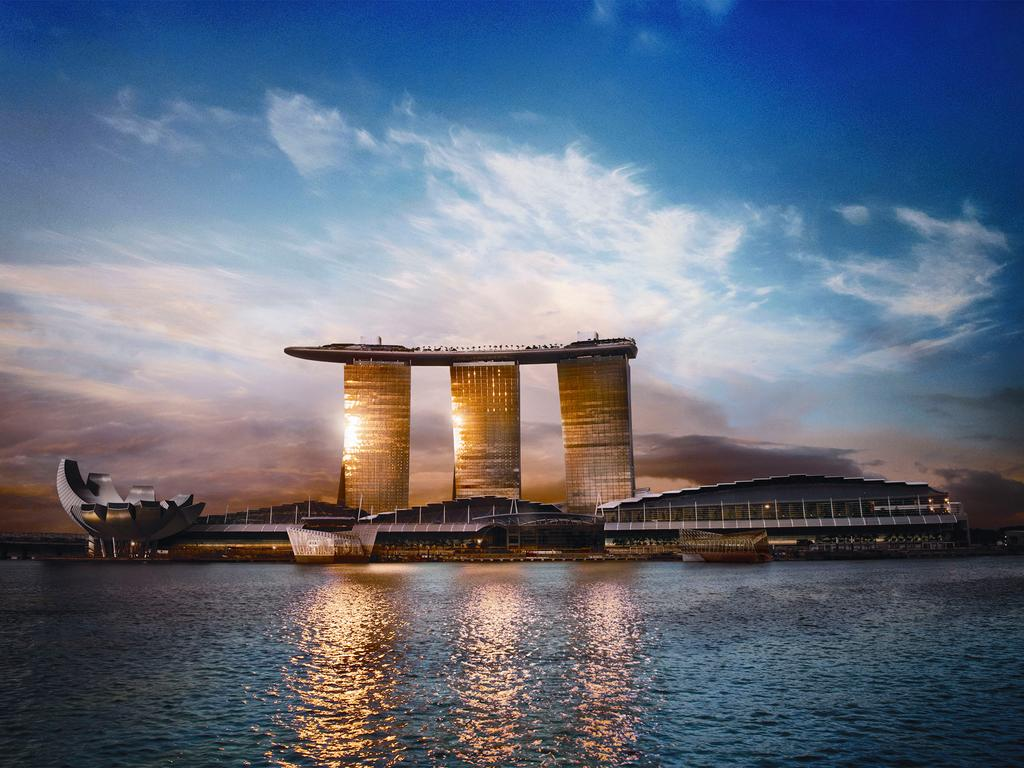 Top 7 Luxurious Hotels Marina Bay